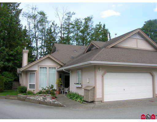 """Main Photo: 6 9025 216TH Street in Langley: Walnut Grove Townhouse for sale in """"COVENTRY WOODS"""" : MLS®# F2910491"""