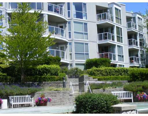Main Photo: 208 8460 JELLICOE Street in Vancouver: Fraserview VE Condo for sale (Vancouver East)  : MLS®# V774272