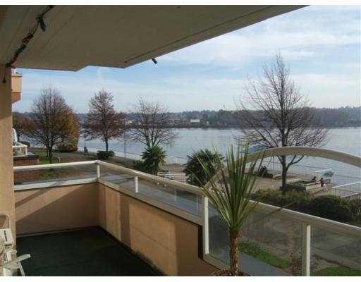 "Main Photo: 208 12 K DE K CT in New Westminster: Quay Condo for sale in ""DOCKSIDE"" : MLS®# V607031"