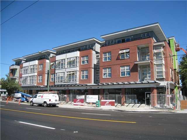 Main Photo: 3588 FRASER Street in VANCOUVER: Fraser VE Commercial for sale (Vancouver East)  : MLS®# V4023814