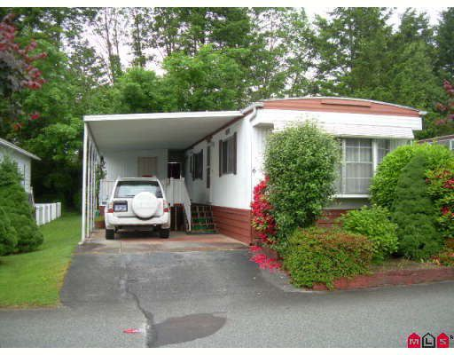 "Main Photo: 6 8560 156 Square in Surrey: Fleetwood Tynehead Manufactured Home for sale in ""Westvilla Estates"" : MLS®# F2818000"