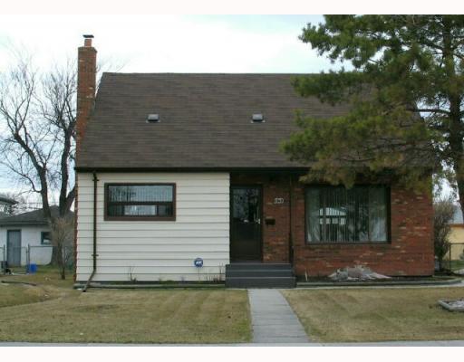 Main Photo:  in WINNIPEG: East Kildonan Residential for sale (North East Winnipeg)  : MLS®# 2906943