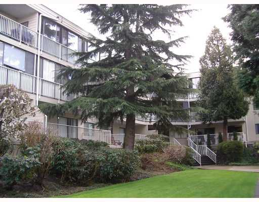 """Main Photo: 314 8040 BLUNDELL Road in Richmond: Garden City Condo for sale in """"BLUNDELL PLACE"""" : MLS®# V762127"""
