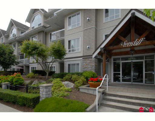 """Main Photo: 302 1685 152A Street in Surrey: King George Corridor Condo for sale in """"Suncliffe Place"""" (South Surrey White Rock)  : MLS®# F2915830"""