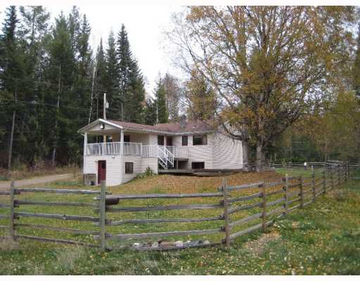 Main Photo: 22550 CHIEF LAKE Road in Prince George: Nukko Lake House for sale (PG Rural North (Zone 76))  : MLS®# N196134