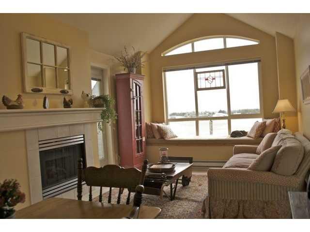 Main Photo: 425 12639 NO 2 Road in Richmond: Steveston South Condo for sale : MLS®# V827557