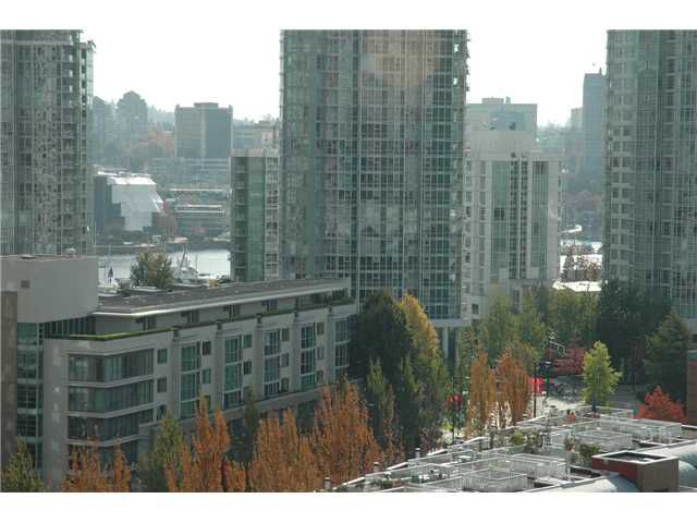 "Main Photo: 1207 977 MAINLAND Street in Vancouver: Downtown VW Condo for sale in ""YALETOWN PARK 3"" (Vancouver West)  : MLS®# V855676"