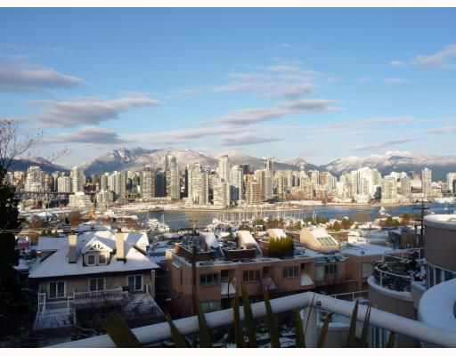"Main Photo: 407 1210 W 8TH Avenue in Vancouver: Fairview VW Condo for sale in ""GALLARIA"" (Vancouver West)  : MLS®# V746857"