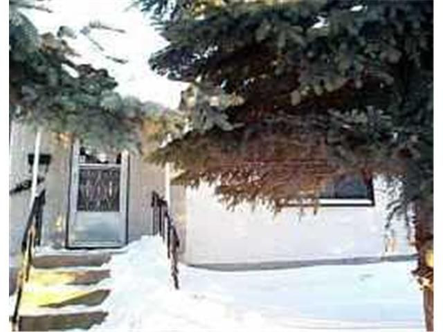 Main Photo: 437 RIVERTON Avenue in WINNIPEG: East Kildonan Residential for sale (North East Winnipeg)  : MLS®# 2015081