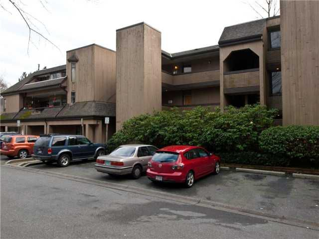 Main Photo: 206 3187 MOUNTAIN Highway in North Vancouver: Lynn Valley Condo for sale : MLS®# V864797