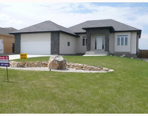Main Photo: 39 MARINERS Trail in WINNIPEG: Middlechurch / Rivercrest Residential for sale (Winnipeg area)  : MLS®# 2914455