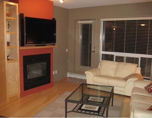 Main Photo: 109 69 Springborough Court SW in CALGARY: Springbank Hill Condo for sale (Calgary)  : MLS®# C3396992