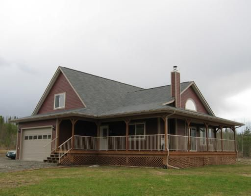 """Main Photo: 11520 HORSESHOE Drive in Prince_George: Pineview House for sale in """"PINEVIEW"""" (PG Rural South (Zone 78))  : MLS®# N191938"""