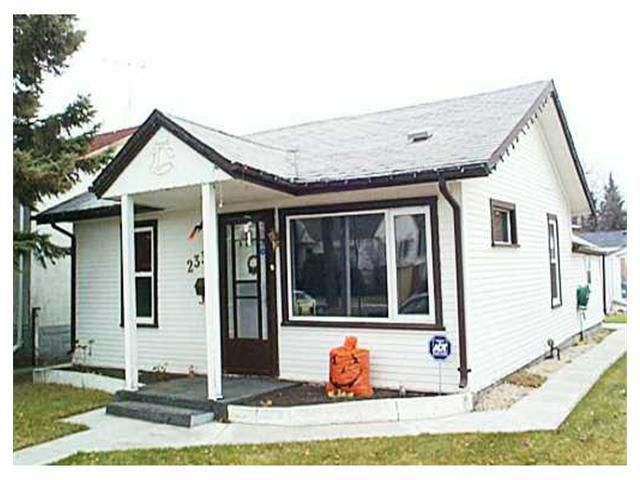 Main Photo: 233 BRONX Avenue in WINNIPEG: East Kildonan Residential for sale (North East Winnipeg)  : MLS®# 2115484