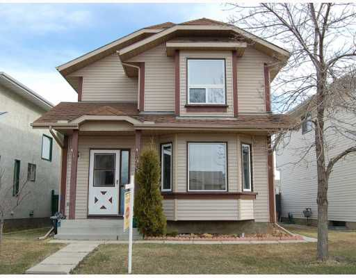 Main Photo: 906 ERIN WOODS Drive SE in CALGARY: Erinwoods Residential Detached Single Family for sale (Calgary)  : MLS®# C3374195