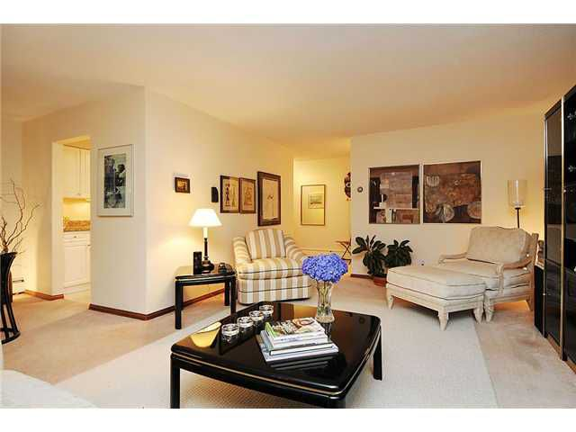 Main Photo: 4 5585 OAK Street in Vancouver: Shaughnessy Condo for sale (Vancouver West)  : MLS®# V845083