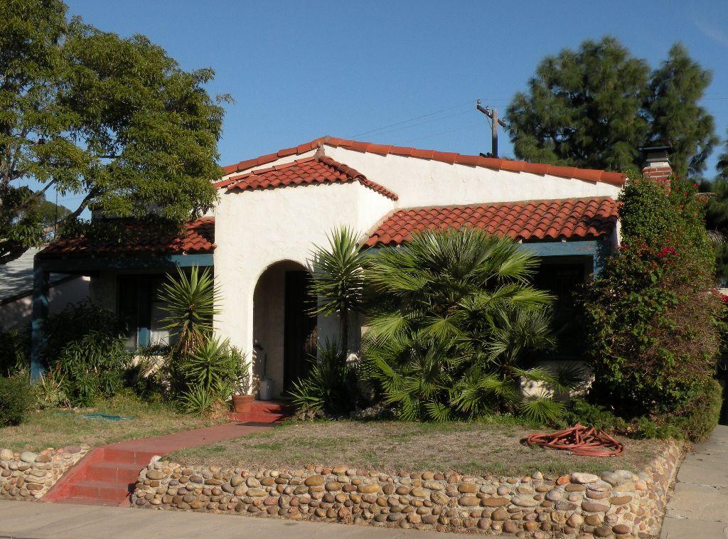 Main Photo: KENSINGTON House for sale : 4 bedrooms : 4543 Vista Street in San Diego
