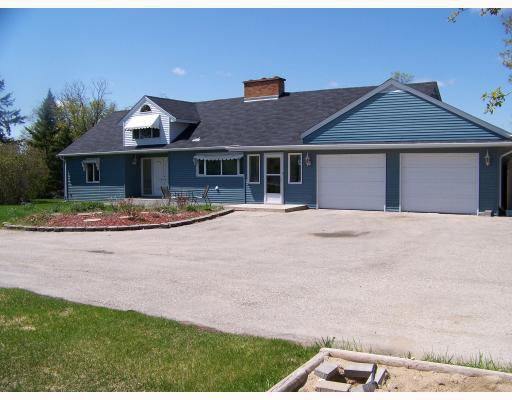 Main Photo:  in ESTPAUL: Birdshill Area Residential for sale (North East Winnipeg)  : MLS®# 2903506