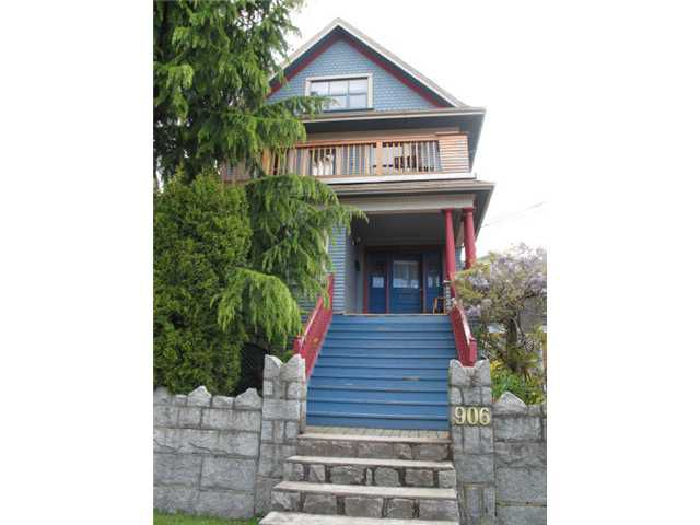 """Main Photo: 906 SALSBURY Drive in Vancouver: Grandview VE House Fourplex for sale in """"Commercial Drive"""" (Vancouver East)  : MLS®# V829305"""