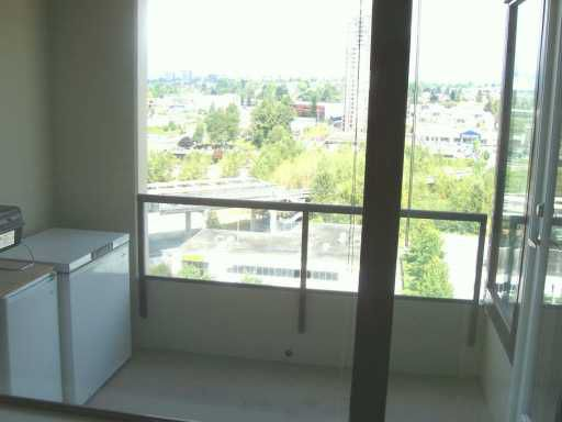 """Photo 5: Photos: 4178 DAWSON Street in Burnaby: Central BN Condo for sale in """"TANDEM"""" (Burnaby North)  : MLS®# V615715"""