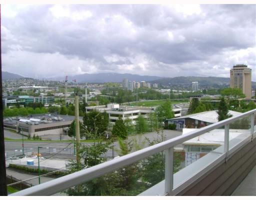 """Main Photo: 403 4181 NORFOLK Street in Burnaby: Central BN Condo for sale in """"NORFOLK PLACE"""" (Burnaby North)  : MLS®# V766544"""