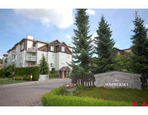 """Main Photo: 101 10188 155TH Street in Surrey: Guildford Condo for sale in """"SOMMERSET"""" (North Surrey)  : MLS®# F2830792"""