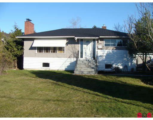 Main Photo: 5896 179TH Street in Surrey: Cloverdale BC House for sale (Cloverdale)  : MLS®# F2908293