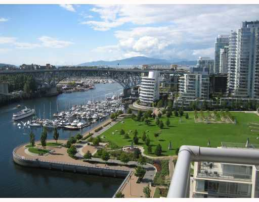 "Main Photo: 1802 1515 HOMER MEWS BB in Vancouver: False Creek North Condo for sale in ""KING'S LANDING"" (Vancouver West)  : MLS®# V769305"