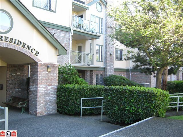 "Main Photo: 102 1450 MERKLIN Street: White Rock Condo for sale in ""Merklin Residence"" (South Surrey White Rock)  : MLS®# F1018829"