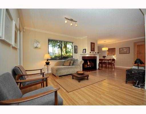 """Main Photo: 3402 COPELAND Avenue in Vancouver: Champlain Heights Townhouse for sale in """"COPELAND"""" (Vancouver East)  : MLS®# V804863"""