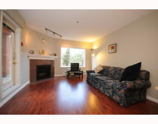 "Main Photo: 104 863 W 16TH Avenue in Vancouver: Fairview VW Condo for sale in ""BERKERLY COURT"" (Vancouver West)  : MLS®# V756449"