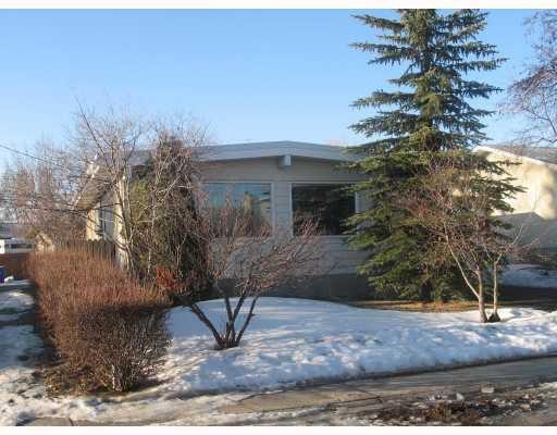 Main Photo: 1139 LAKE HURON Crescent SE in CALGARY: Lk Bonavista Downs Residential Detached Single Family for sale (Calgary)  : MLS®# C3414296