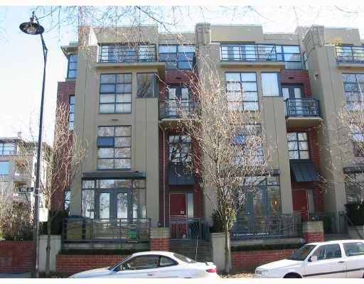 "Main Photo: 2776 VINE Street in Vancouver: Kitsilano Townhouse for sale in ""MOZAIEK."" (Vancouver West)  : MLS®# V726103"