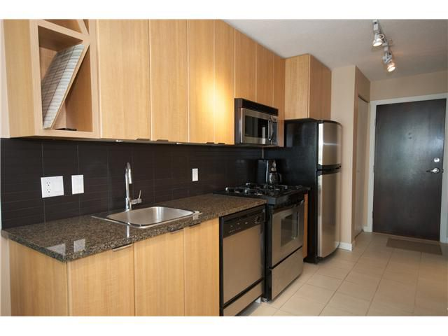 """Main Photo: 1603 1010 RICHARDS Street in Vancouver: Downtown VW Condo for sale in """"GALLERY"""" (Vancouver West)  : MLS®# V822854"""