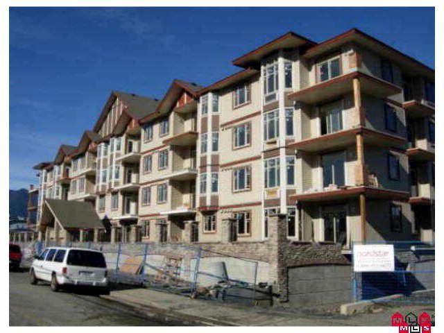 Main Photo: 406 45615 BRETT Avenue in Chilliwack: Chilliwack W Young-Well Condo for sale : MLS®# H1003256
