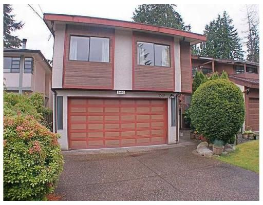 Main Photo: 1097 CANYON BV in North Vancouver: House for sale : MLS®# V833966