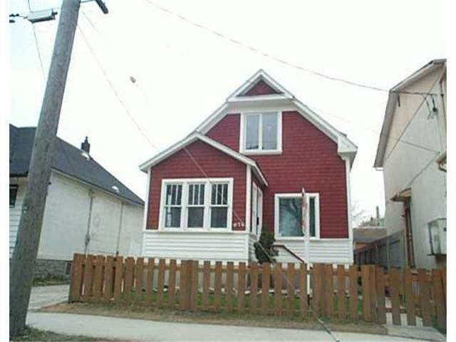 Main Photo: 676 WELLINGTON Avenue in WINNIPEG: West End / Wolseley Residential for sale (West Winnipeg)  : MLS®# 2506257