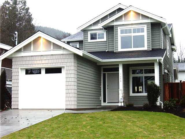 Main Photo: 1408 FREDERICK Road in North Vancouver: Lynn Valley House for sale : MLS®# V861504