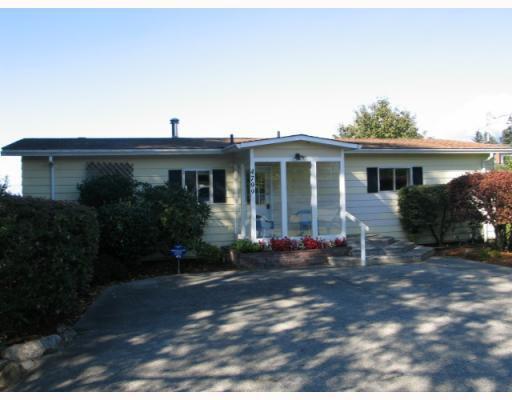 Main Photo: 4799 FIR Road in Sechelt: Sechelt District House for sale (Sunshine Coast)  : MLS®# V788735