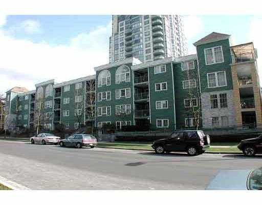 "Main Photo: 206 1199 WESTWOOD ST in Coquitlam: Westwood Summit CQ Condo for sale in ""LAKESIDE TERRACE"" : MLS®# V562064"