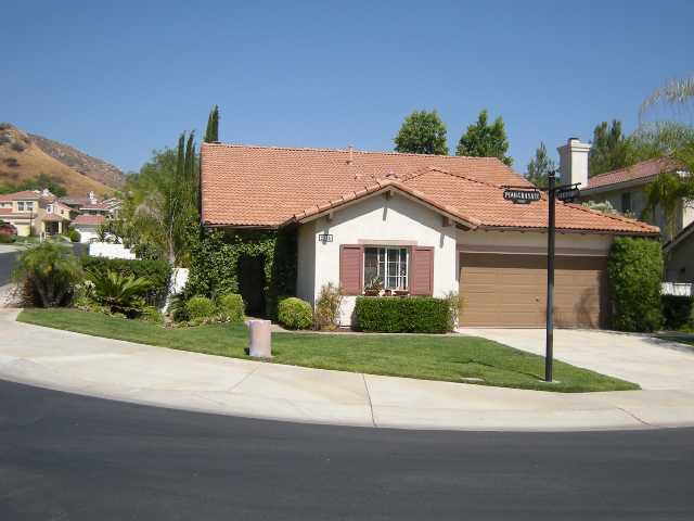 Main Photo: EAST ESCONDIDO House for sale : 4 bedrooms : 3125 Pomegranate in Escondido