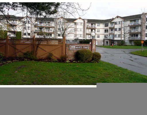 "Main Photo: 114 5710 201ST Street in Langley: Langley City Condo for sale in ""WHITE OAKS"" : MLS®# F2909204"