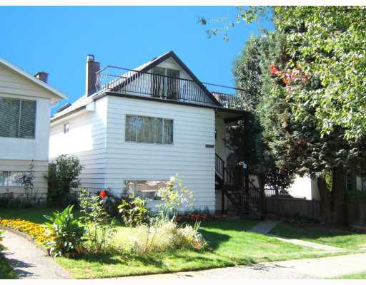 "Main Photo: 3144 E 22ND Avenue in Vancouver: Renfrew Heights House for sale in ""RENFREW HEIGHTS"" (Vancouver East)  : MLS®# V733702"