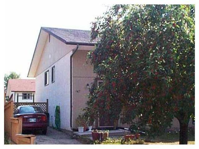 Main Photo: 147 HAWKINS Crescent in WINNIPEG: St Vital Residential for sale (South East Winnipeg)  : MLS®# 2310084