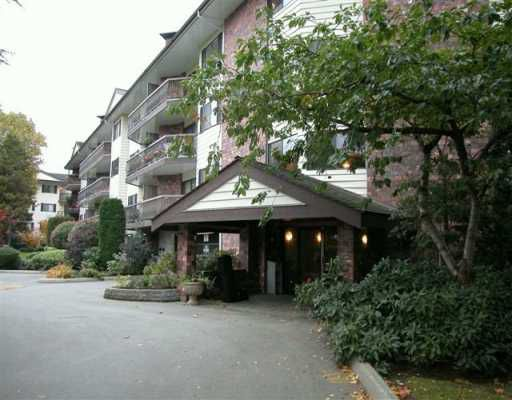 """Main Photo: 10180 RYAN Road in Richmond: South Arm Condo for sale in """"STORNAWAY"""" : MLS®# V618291"""