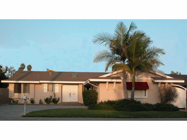Main Photo: EAST ESCONDIDO Residential for sale : 3 bedrooms : 730 N. Daisy in Escondido