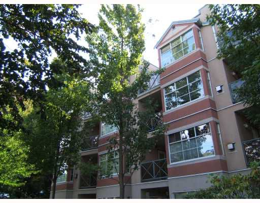 "Main Photo: 106 2388 TRIUMPH Street in Vancouver: Hastings Condo for sale in ""ROYAL ALEXANDRIA"" (Vancouver East)  : MLS®# V734998"