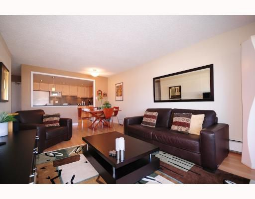 Main Photo: 306 2475 YORK Avenue in Vancouver: Kitsilano Condo for sale (Vancouver West)  : MLS®# V760892