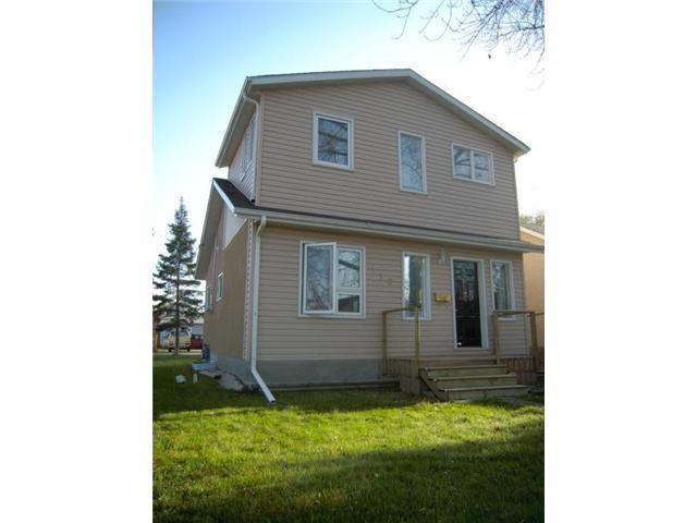 Main Photo: 110 PILGRIM Avenue in WINNIPEG: St Vital Residential for sale (South East Winnipeg)  : MLS®# 1020150