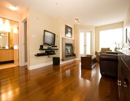 """Main Photo: 213 2768 CRANBERRY Drive in Vancouver: Kitsilano Condo for sale in """"ZYDECO"""" (Vancouver West)  : MLS®# V750765"""